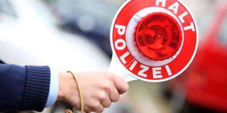 Halt, Polizei