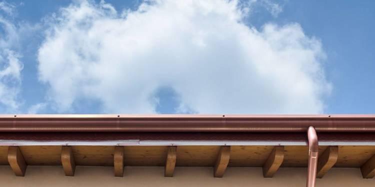 Dachrinne aus Kupfer - © Envato Elements
