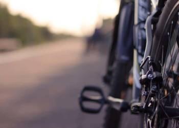 Angelehntes Fahrrad