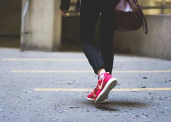 Fußgängerin