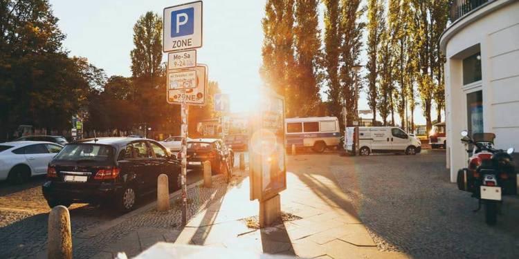 Autos, Parken - © Pixabay