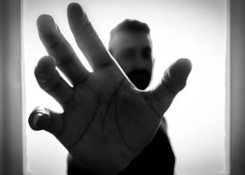 Bedrohliche Hand