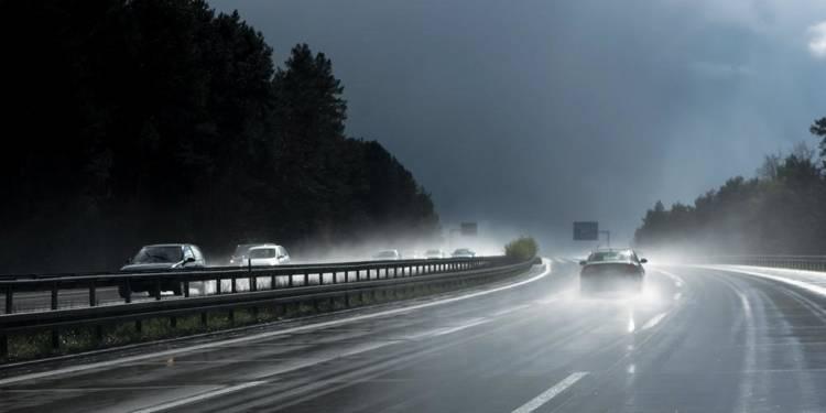 Autobahn, Regen - © Pixabay