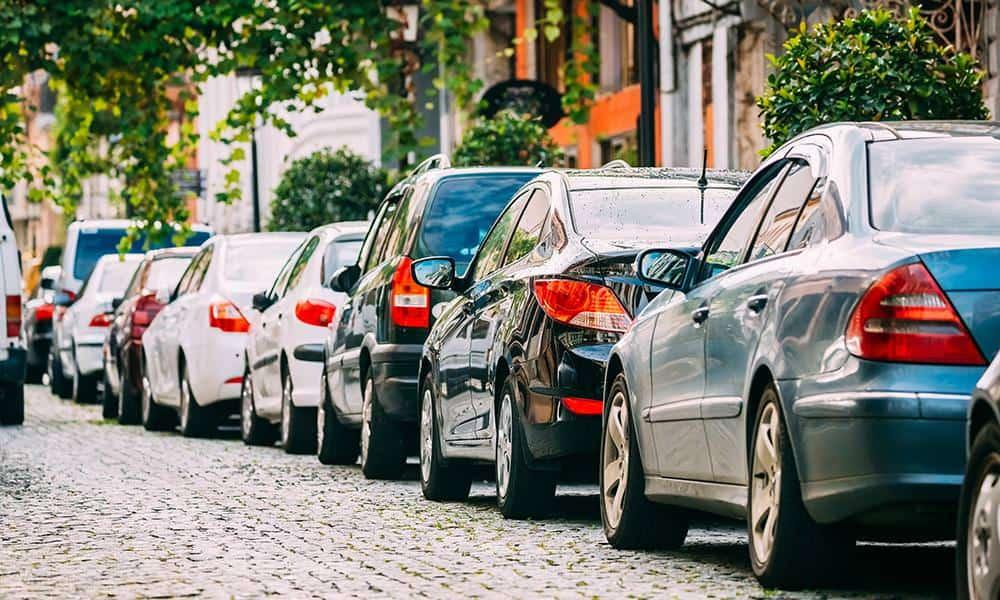 Autos, Parken - © Envato Elements