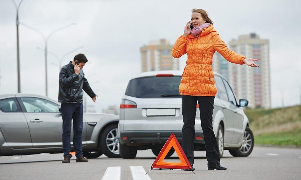 PKW Unfall - © Shutterstock, 155610605