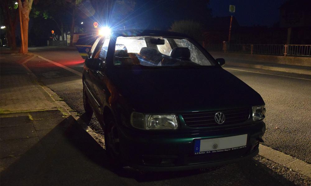 VU - Flucht PKW Vorderreifen auf Gehweg Goethestraße - © Polizei Löhne