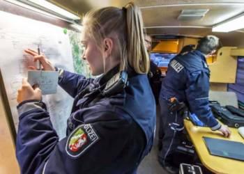 Einsatzleitung der Polizei
