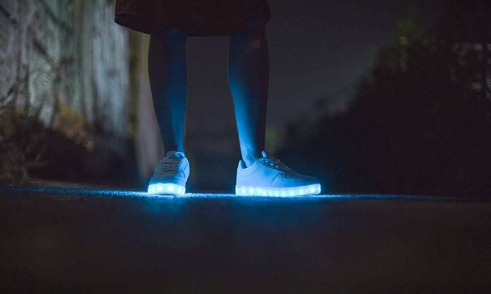 Sneaker, LED - © Pixabay