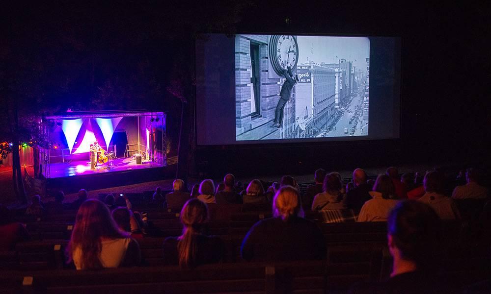 Stummfilmabend beim Mondscheinkino - © Landesverband Lippe