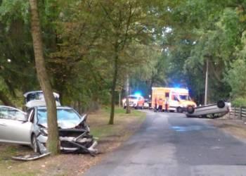 Zwei Verletzte forderte ein Zusammenstoß auf der Barler Straße in Wehe. - © Polizei Rahden