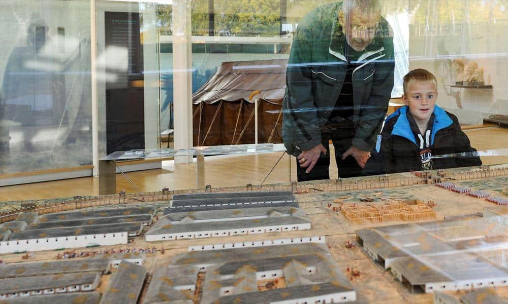 Egal ob jung oder alt: Im LWL-Römermuseum kommen in den Herbstferien alle Besucher auf Ihre Kosten. - © LWL, J.Hähnel