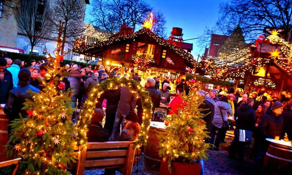 Blick auf den Bielefelder Weihnachtsmarkt