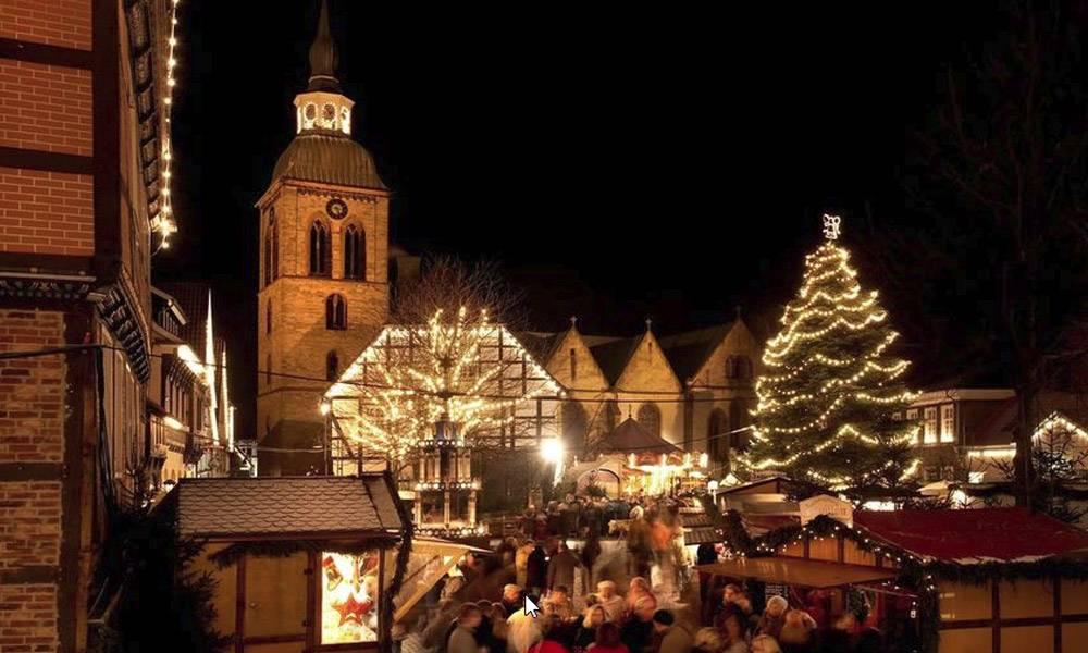 Blick auf den Christkindlmarkt in Wiedenbrück
