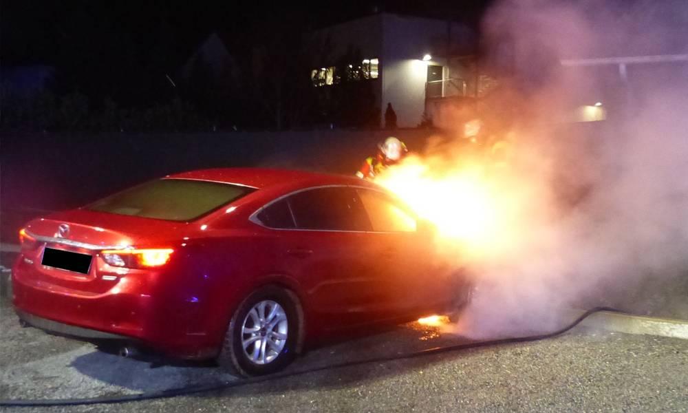 Fahrzeugbrand - © Polizei Minden