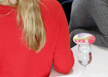Die Arbeitsgemeinschaft der Gleichstellungsbeauftragten im Kreis Gütersloh macht auf die Problematik von K.O.-Tropfen aufmerksam und warnt vor heimlich verabreichten Substanzen im Glas - © Kreis Gütersloh