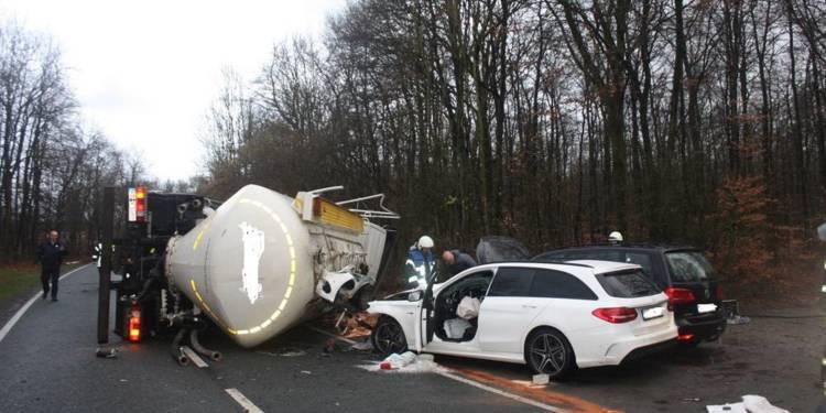 Unfallstelle - © Polizei Borchen