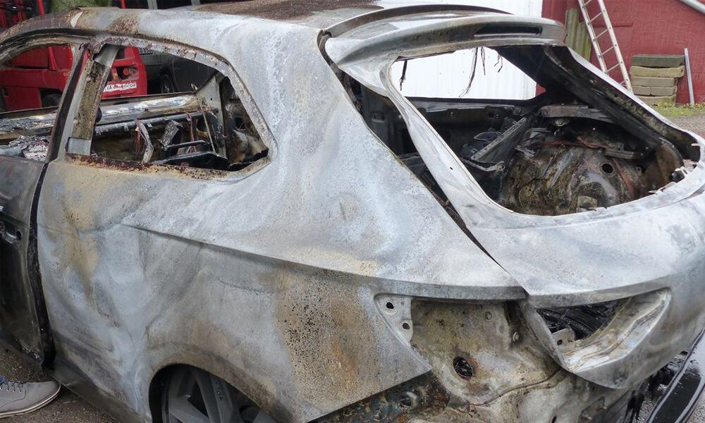 Ausgebrannter Seat Leon