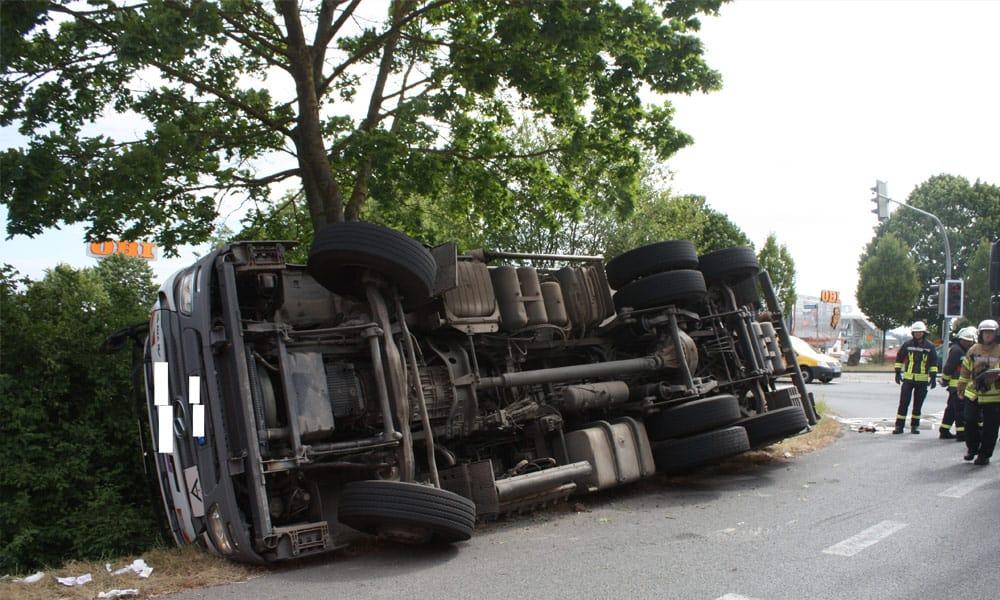 Unfallstelle an der B7 in Warburg