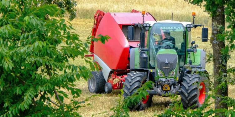 Traktor, Ballenpresse