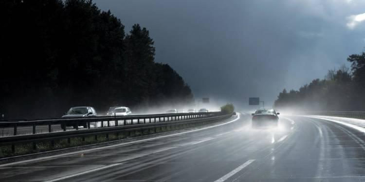 Autobahn, Regen
