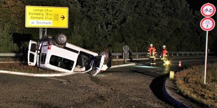 Der Citroën wurde erheblich beschädigt. - © Polizei Höxter