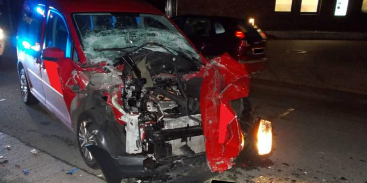 Autounfall Porta Westfalica 12.12.2019
