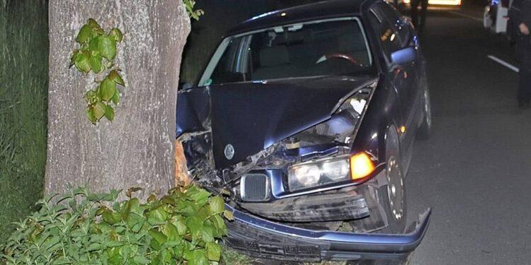 Autounfall Warburg 13.05.2020