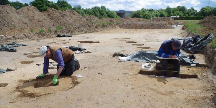 Archäologen Hellweg