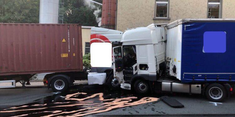 LKW-Unfall Lübbecke 24.06.2020
